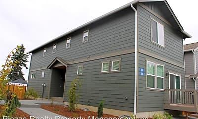 Building, 297 N Oak St, 0