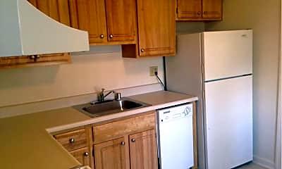 Kitchen, 2200 Greenwich St, 1