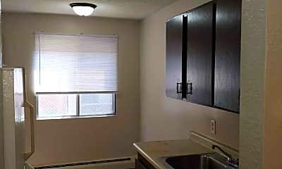 Kitchen, 1077 Van Dyke St, 1