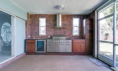 Living Room, 5501 Garfield St, 0