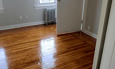 Living Room, 136 McLean Ave, 2