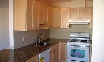 Kitchen, 152 Franklin St., 2