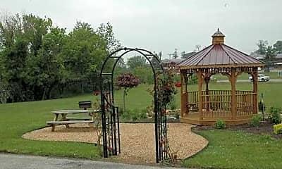 Recreation Area, Boones Creek Villa Apartments, 0