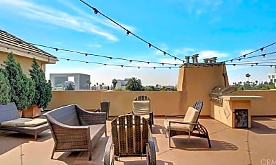 Patio / Deck, 6038 Carlton Way 106, 1