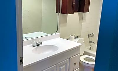 Bathroom, 7520 Hornwood Dr 8, 2