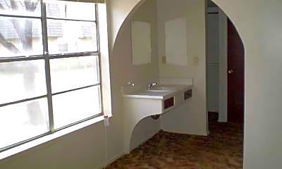 Arbor Glen Apartments, 2