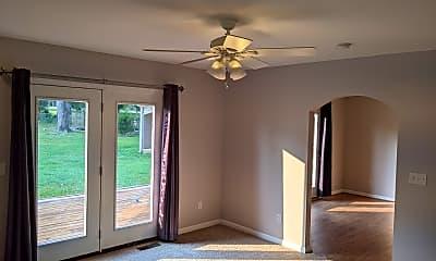 Living Room, 227 Lake Terrace Dr, 2
