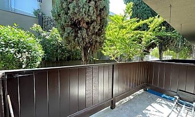 Patio / Deck, 3906 Inglewood Blvd, 1