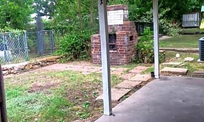 Patio / Deck, 207 Davis St, 1