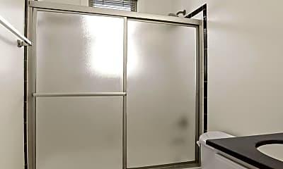 Bathroom, 4402 1st Pl NE 23, 2