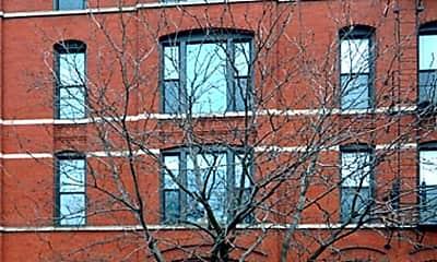 Building, 1355 W Ohio St, 1