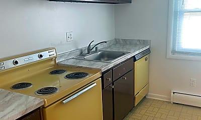 Kitchen, 4256 Buckman Rd 28, 1