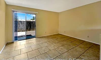 Living Room, 4327 E Fairmount St, 1