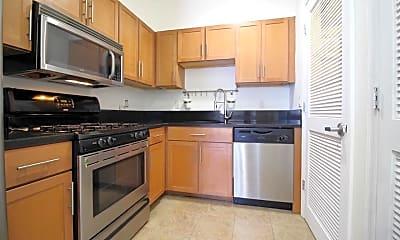 Kitchen, 501 30th St 2A, 0