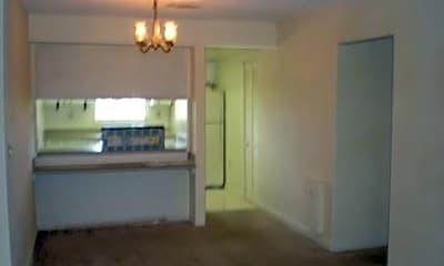 Dining Room, 209 Bristol Lane, 2