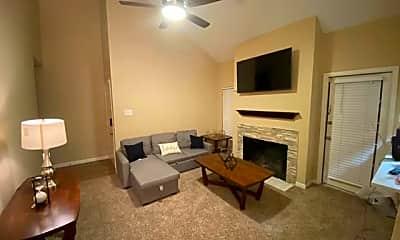 Living Room, 5981 Arapaho Rd 1704, 0