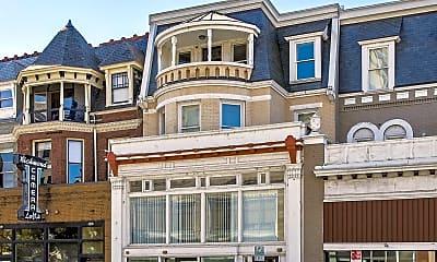 Building, 213 E Grace St, 2