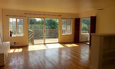 Living Room, 2955 Shasta St, 1