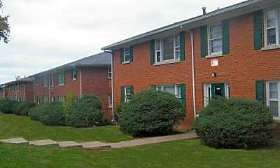 Building, 1901 Apartment Homes, 0