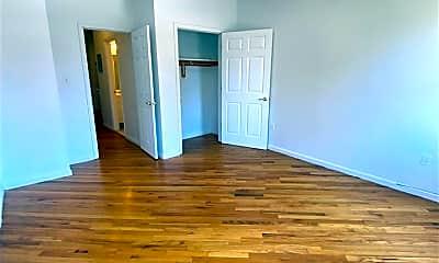 Living Room, 407 1st St 4, 1