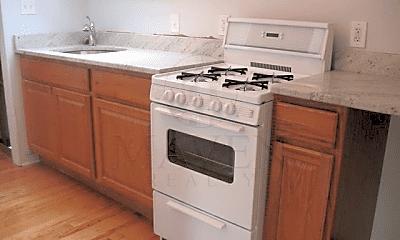 Kitchen, 26 Ellington Rd, 2