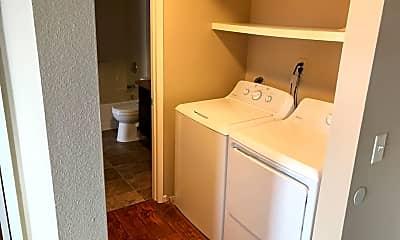 Bathroom, 1070 Georgia St, 2