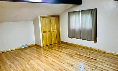 Living Room, 1915 Norton Rd, 2