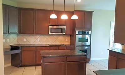 Kitchen, 711 Cattail Cir, 2