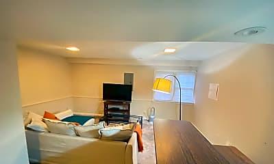 Living Room, 2901 S WOODSTOCK ST, 2