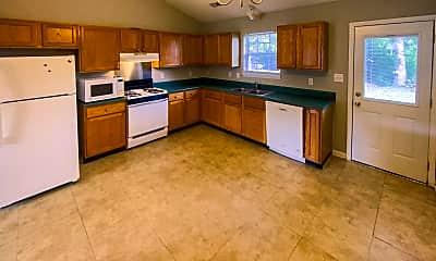 Kitchen, 509 Grammercy Pl, 1