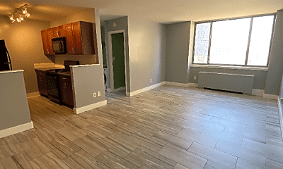 Living Room, 600 E 8th St, 0