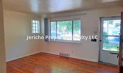Living Room, 3750 Marshall St, 1