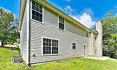 Building, 632 Tomahawk Place, 2