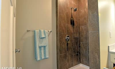 Bathroom, 13108 Lincoln Road, 1