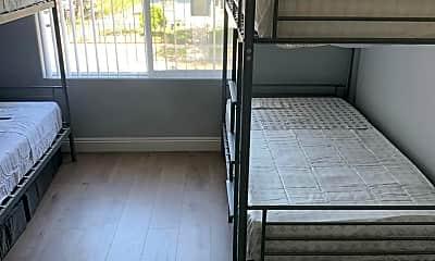 Patio / Deck, 1054 West 45th St, 2