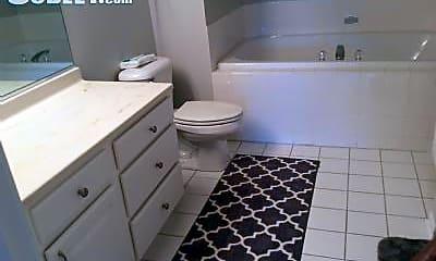 Bathroom, 222 W Roosevelt Rd, 2