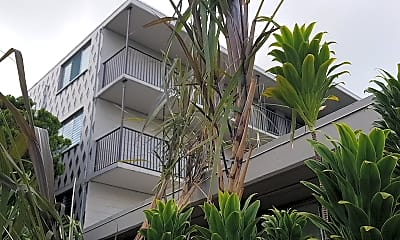 Hawaii Student Suites, 2