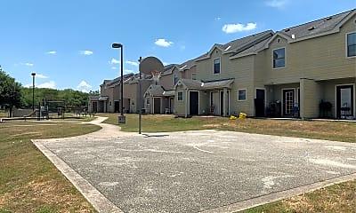 Springview Apartments, 2