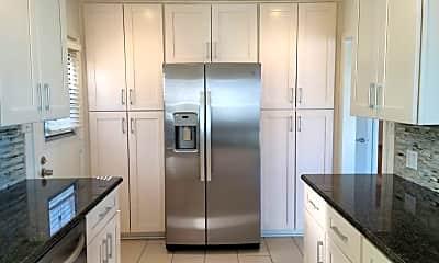 Kitchen, 310 Longfellow Ave, 1