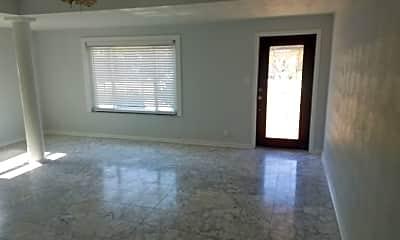 Living Room, 4021 W Cass St, 1