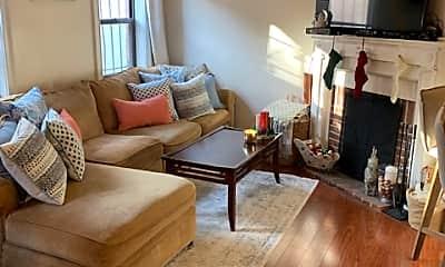 Living Room, 242 W Newton St, 0