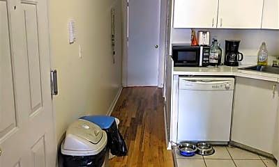Kitchen, 58 Madison St 8, 1