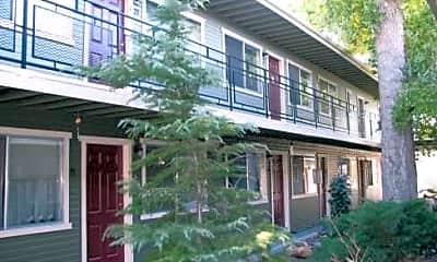 Linden Apartments, 1