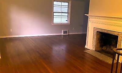 Living Room, 1159 S Belvoir Blvd, 1