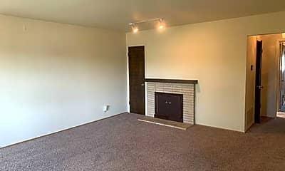 Living Room, 1839 Alemany Blvd, 1