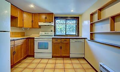 Kitchen, 1437 S Hinds St, 1