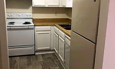 Kitchen, 138 Hummingbird Ln, 1