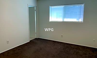 Building, 2895 Joseph Ave, 2