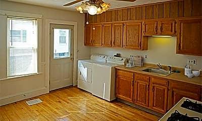 Kitchen, 177 Robbins St, 1