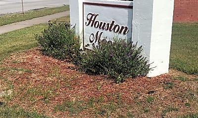 Houston Moore, 1